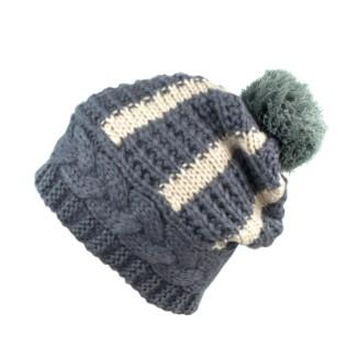 Dwukolorowa czapka z pomponem