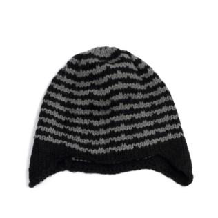 Pasiasta czapka z uszkami