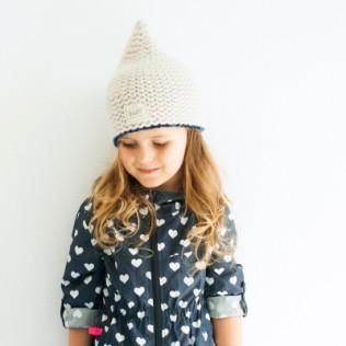 Urocza czapka dziecięca Dzwoneczek